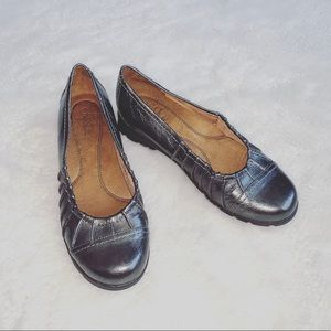 Life Stride | Gray Metallic Slip-on Loafers | Sz 8
